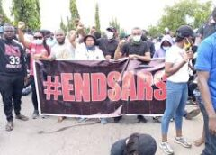 Nigerians Blast Buhari, Osinbajo's Daughters For Joining #EndSARS Protest Says Go Tell Your Parents To End Police Brutality