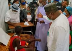 Gov. Ugwuanyi, Nwodo, Zik's wife, other Igbo leaders, youths visit school bus accident victims in UNTH