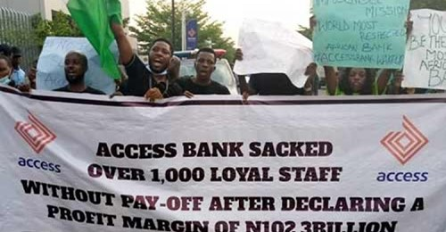 Sacked Over 300 Access Bank Staff Protest In Onitsha