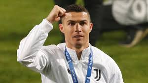 Cristiano Ronaldo becomes top goal scorer in football history
