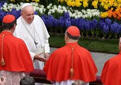 Pope Francis Cracks Down On Lavish Gifts For Cardinals And Vatican Officials
