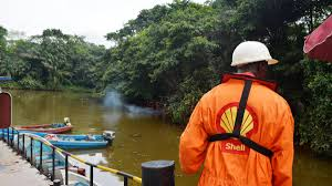 Nigerians blame Shell for 'community problems' in Niger Delta